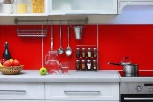 Red kitchen decor.