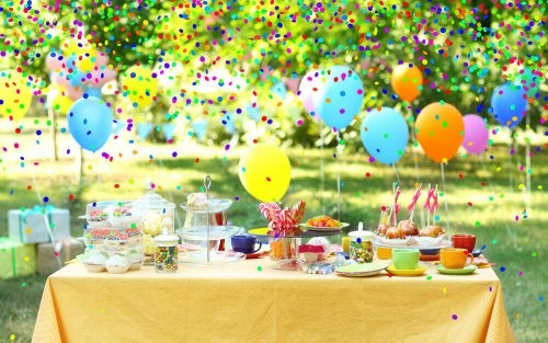 6 Ways to Decorate Your Party Tables