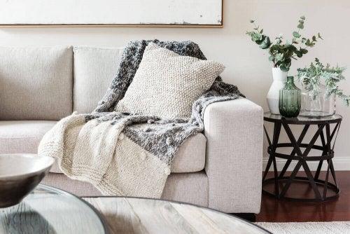 An orderly sofa.
