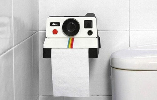Different Types of Toilet Roll Holders For Your Bathroom