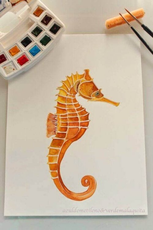 Decorating your home doesn't have to be so difficult, you can create the pieces yourself. In this picture, a watercolor picture of a seahorse.