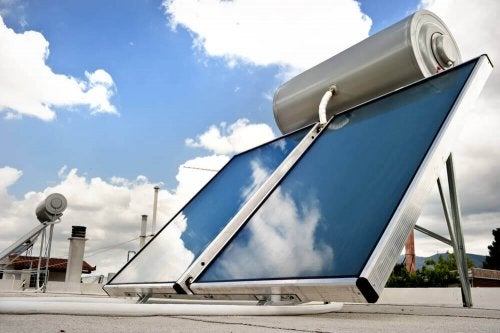 A Solar Water Heater – Ecological and Economical?