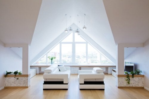 White decoration in a room.