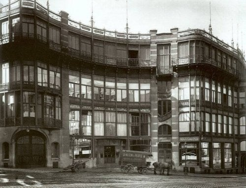 Victor Horta's Casa del Pueblo - Architecture and Design