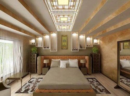 Bedroom decorated in beige