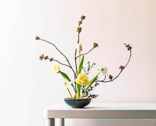 floral composition plate