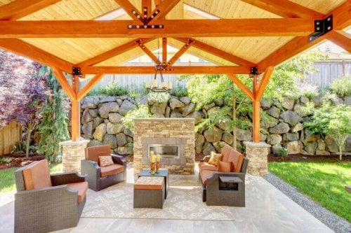 Porches to Enjoy the Outdoors
