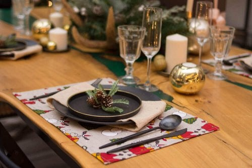 Photo of a beautiful table set with place mats