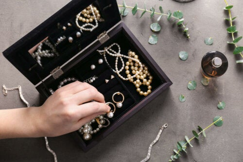 A jewelry box.
