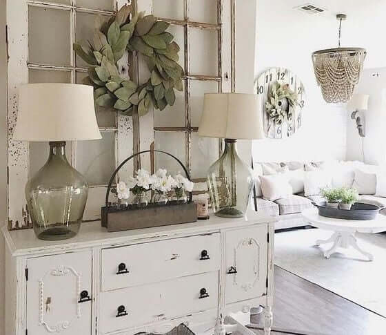 A calm entryway with light colors.