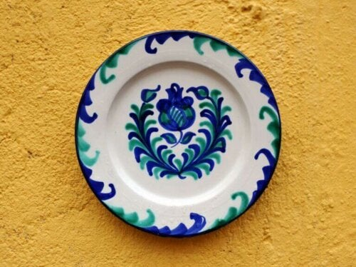 Granada Ceramics to Decorate Your Home