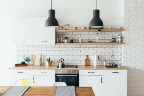Big and Transforming Solutions for Small Kitchens