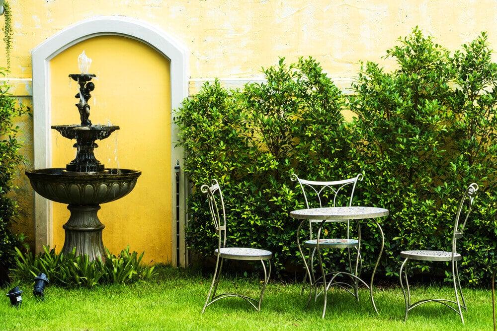 A romantic fountain in the garden.