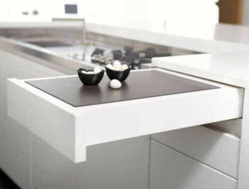 Transforming furniture for kitchens.