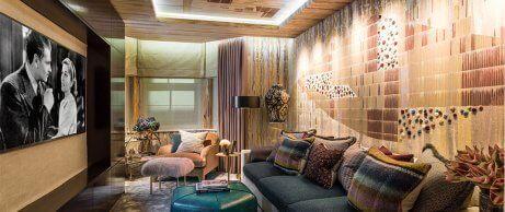 Hotel room designed by Miyar