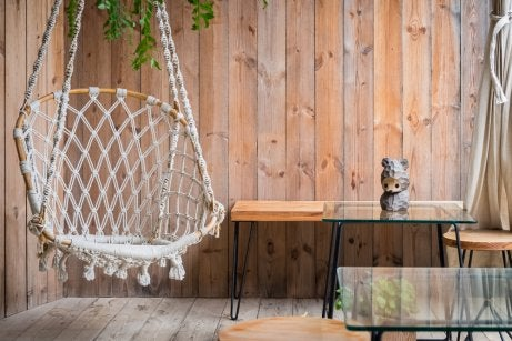 An outdoor swing made with thick rope
