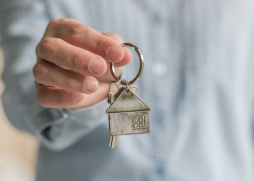 A house-shaped keychain.