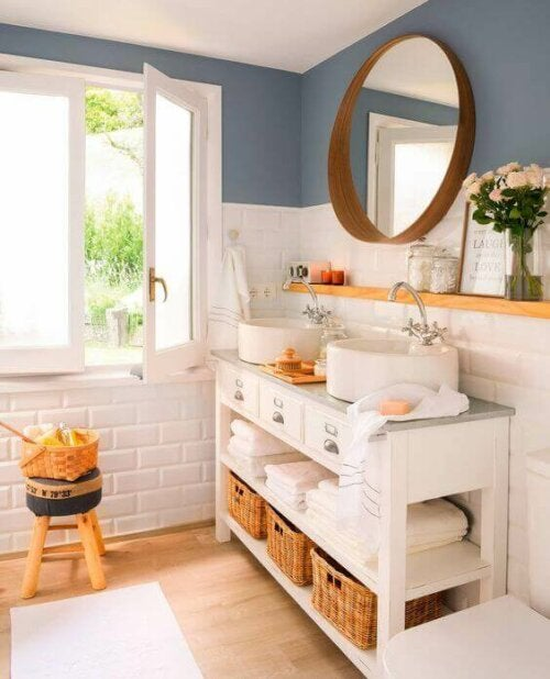 A rustic bathroom.