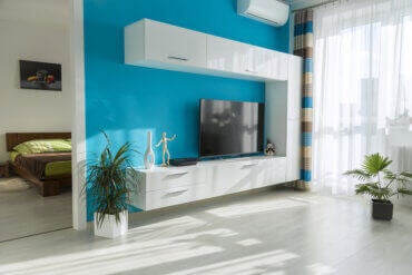 Cool Color Combinations - Turquoise and White