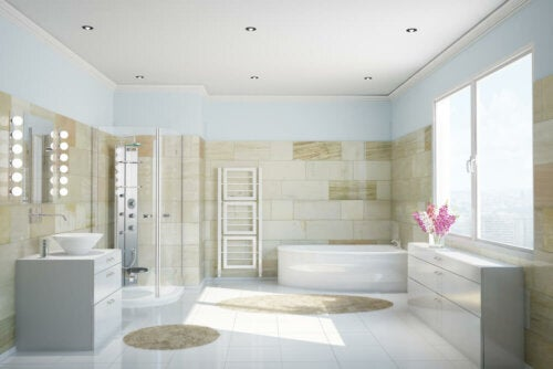 A large tan and white bathroom.