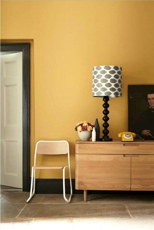 Mustard yellow decoration can be beautiful in homes.