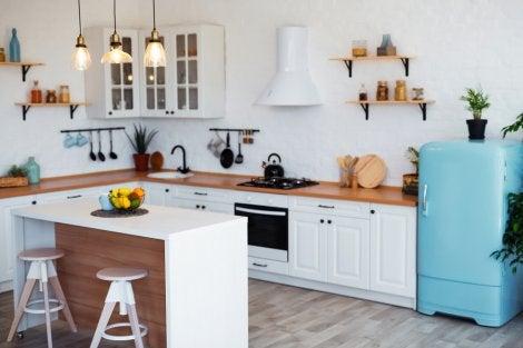 U-shaped kitchen.