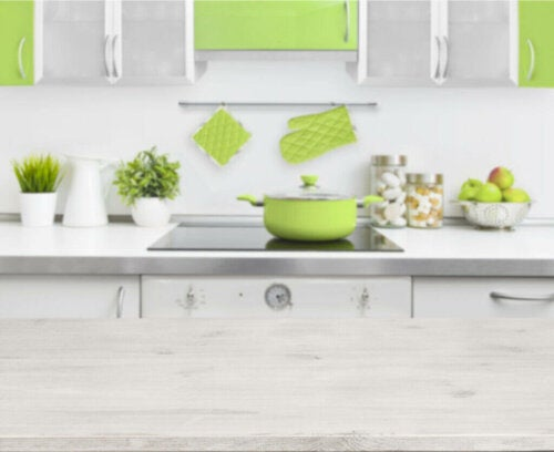 The Freshness of Apple Green in Decorating