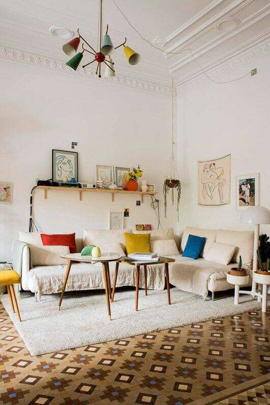 Decorate and Mix Different Colored Furniture