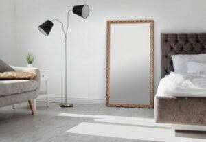 인테리어 소품의 세계: 대형 거울