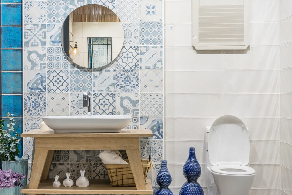 Bathroom with stenciled and pattened tiles