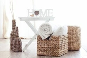 Using accessories to transform your home: wicker baskets.