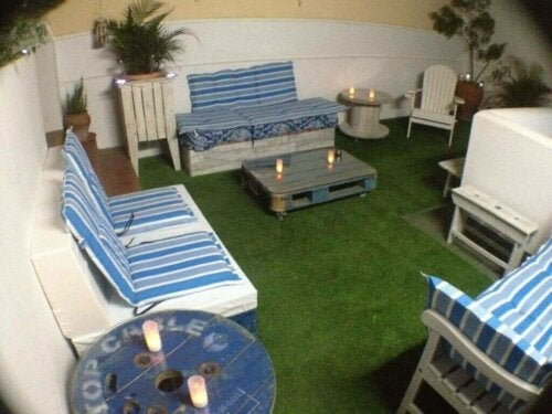 Using Artificial Grass for Indoor Decor