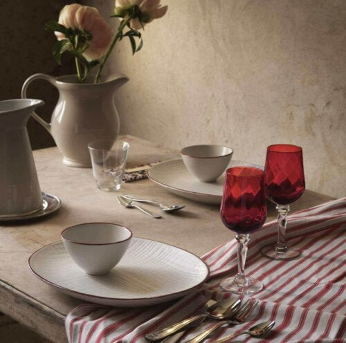 A holiday dining set.