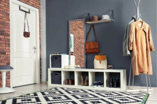 Decorating Your Entryway for Every Decorative Style
