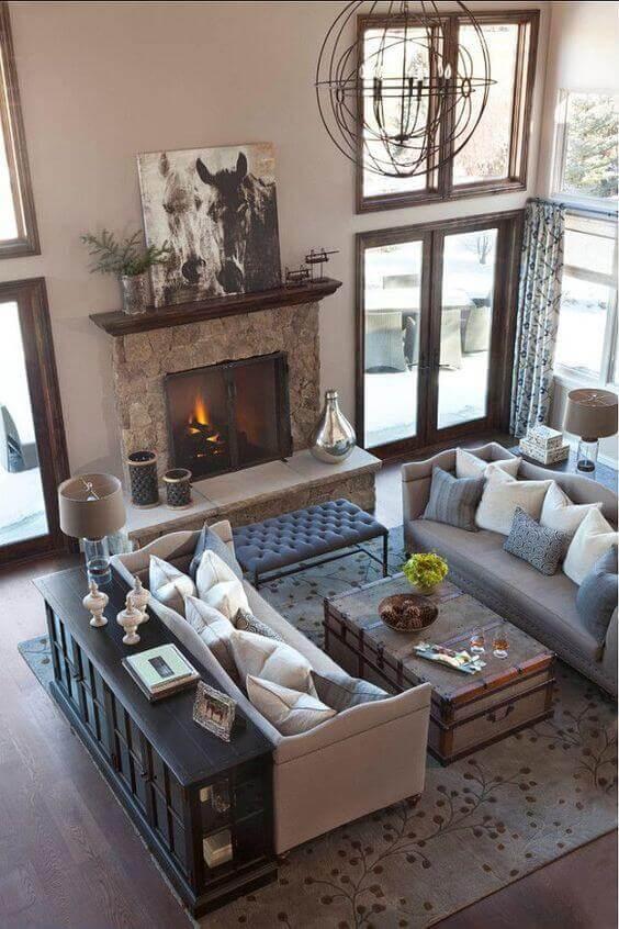 A cream and blue living room.