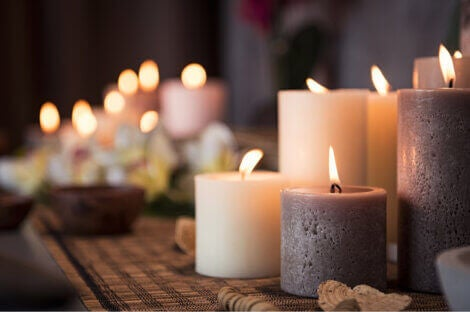 candles to create the perfect atmosphere