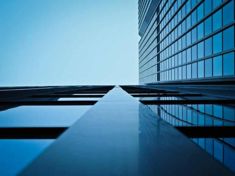Stainless Steel Tiles - Innovation and Avant-Garde
