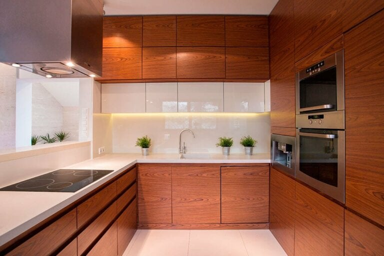 5 Tips to Keep Your Kitchen Tidy and Clean