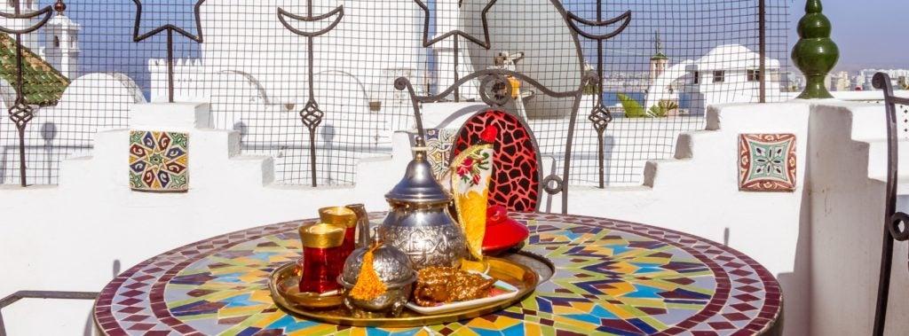 Arabic Style Terrace Decoration: Moroccan Inspiration