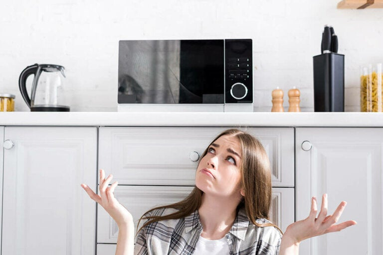 Microwave in The Kitchen: 6 Ideas For Where to Put It