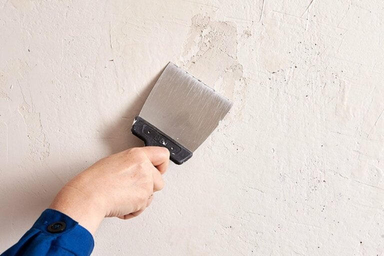 How to Fill Holes in Your Walls