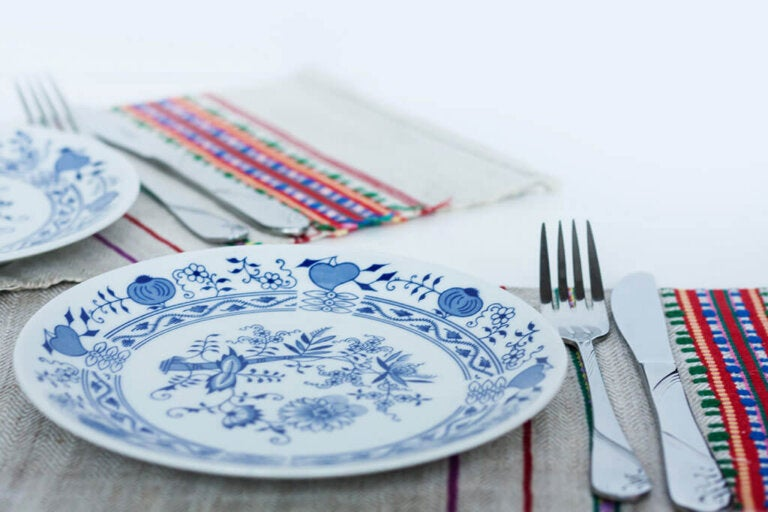 How to Make Artisan Placemats
