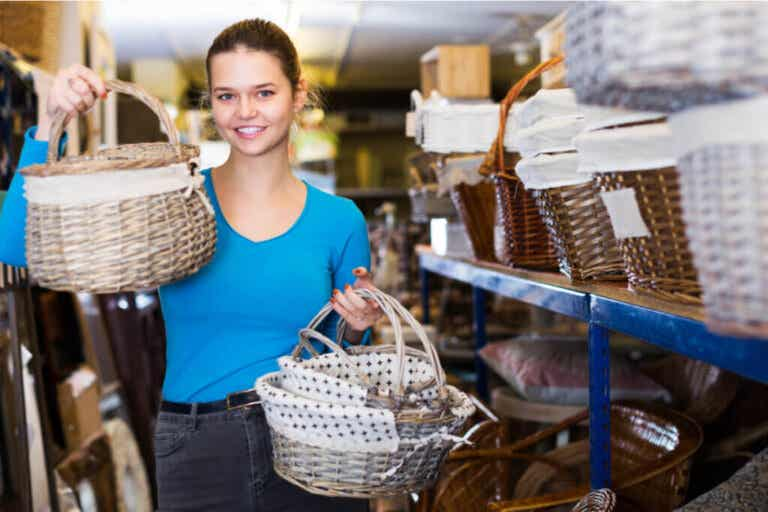 Decor Stores: An Uncertain Future