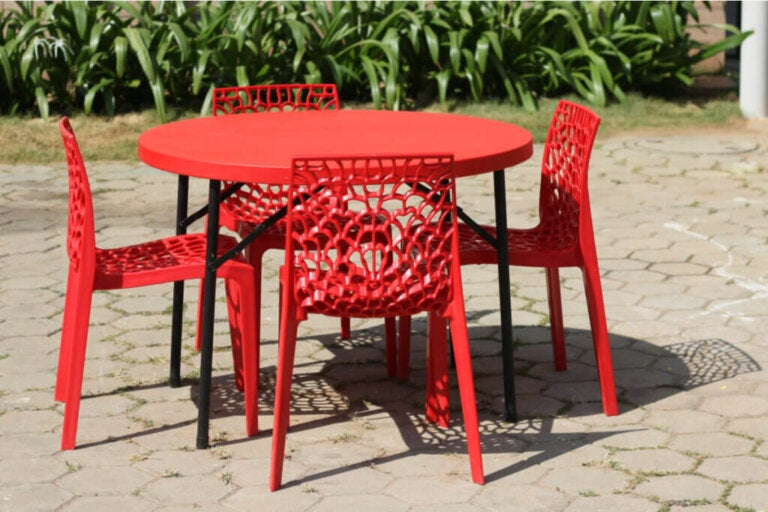 The Gruvyer Chair is a Fashionable Option for Your Home