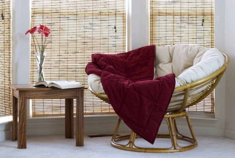 Bamboo Roller Blinds: Naturalism and Distinction