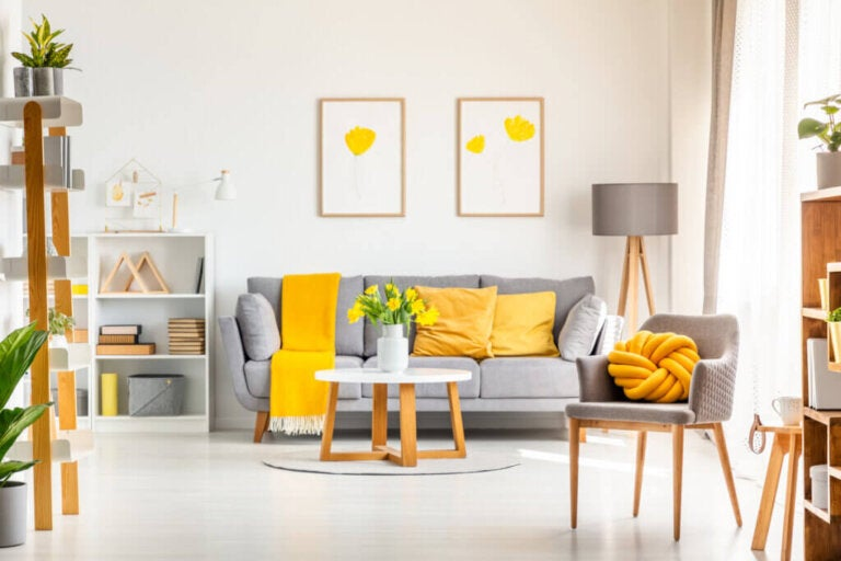 Ideas For Using Gray and Yellow in Your Decor