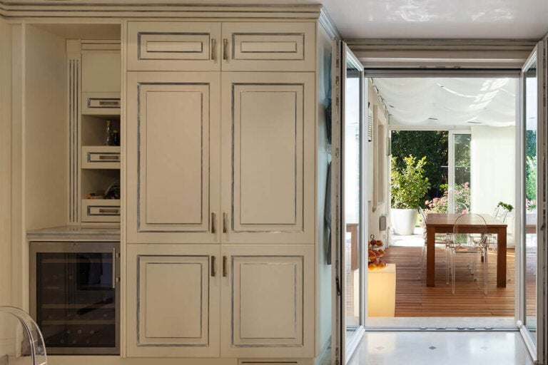 Hidden kitchens: Ideas and Options